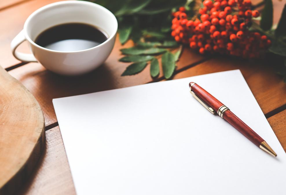 Senior Conceptual UX Copywriter – Digital Product Background